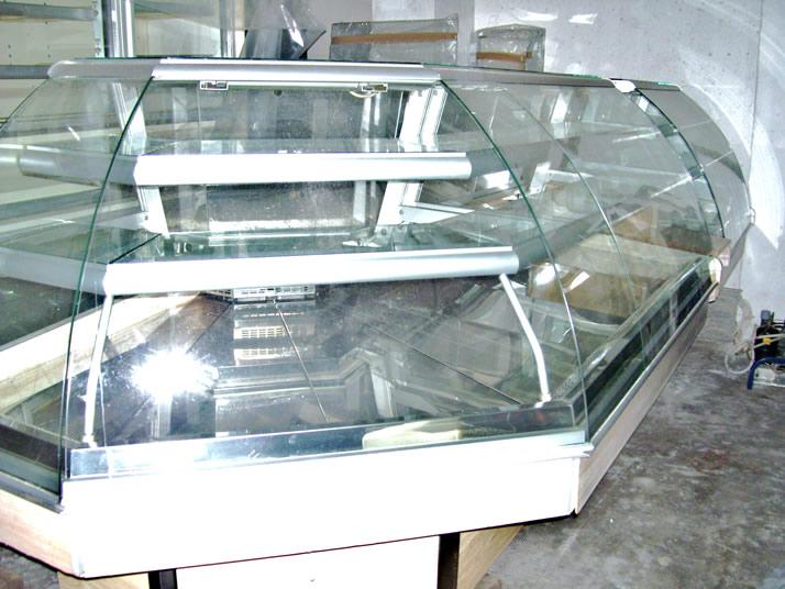 Vetrine vetrina per pasticceria completa di arredamento usata for Arredamento pizzeria al taglio usato